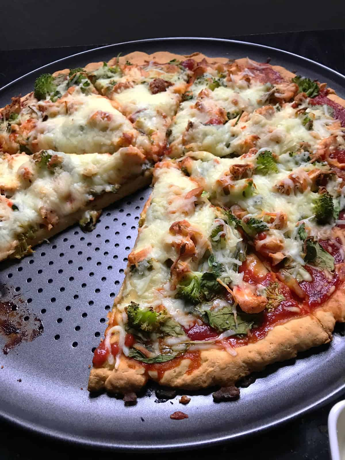 Gluten-Free Pizza: Chicken Spinach + Broccoli
