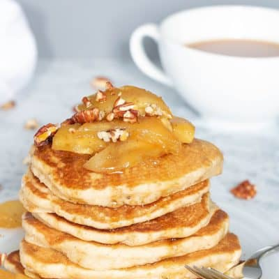 Warm Vegan Apple Cinnamon Pancakes