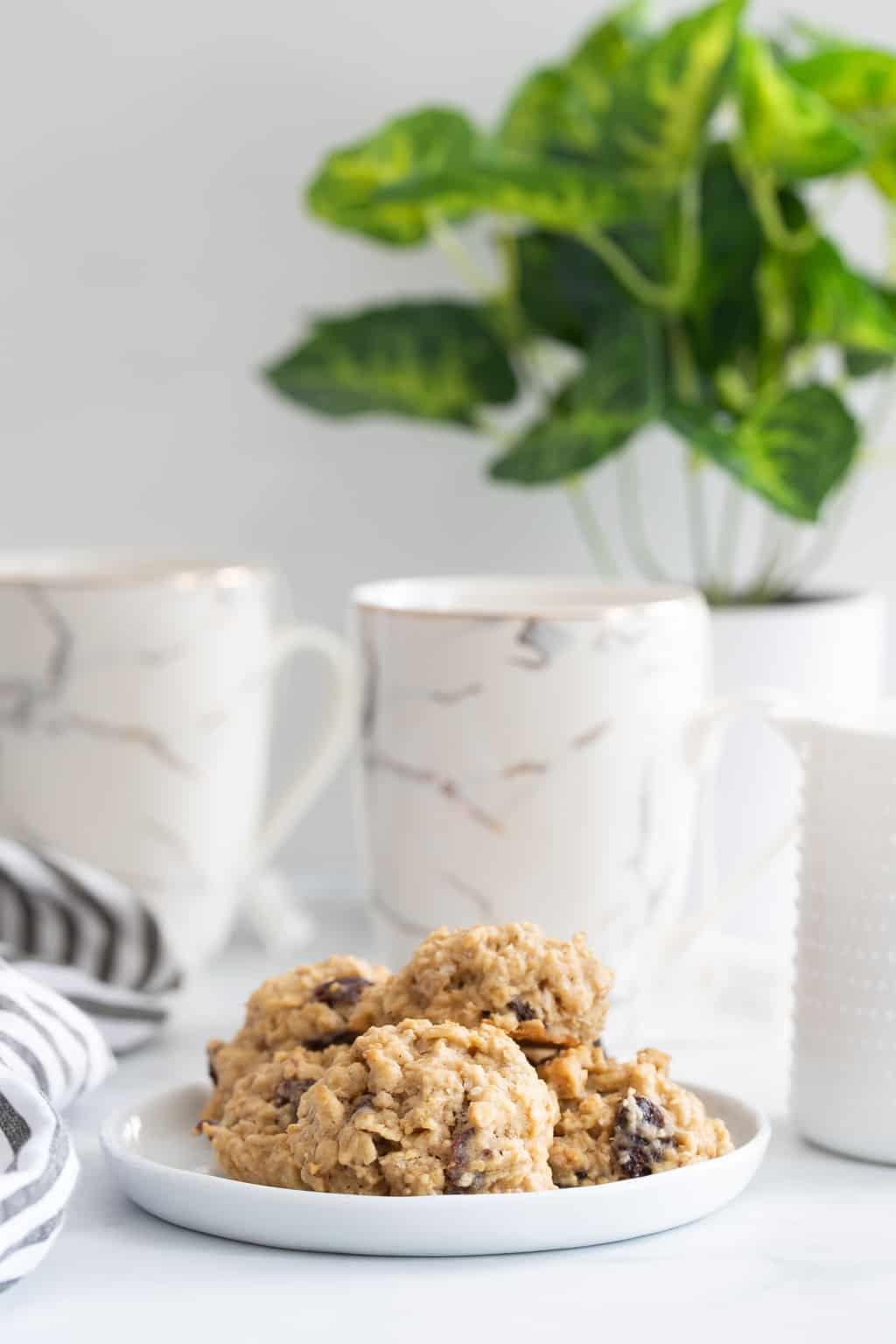 Chewy Apple Oatmeal Raisin Breakfast Cookies