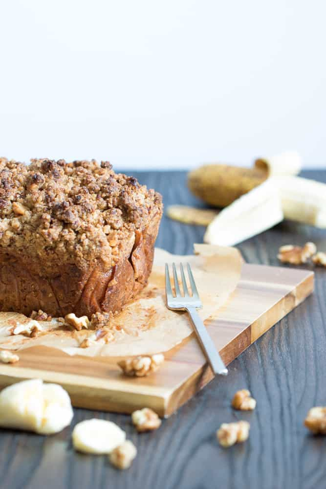 Vegan Banana Cinnamon Crunch Bread