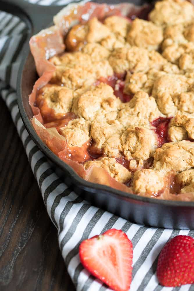 Easy Vegan Strawberry Peach Cobbler