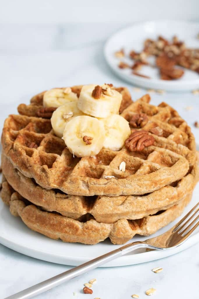 Flourless Vegan Banana Oats Waffles