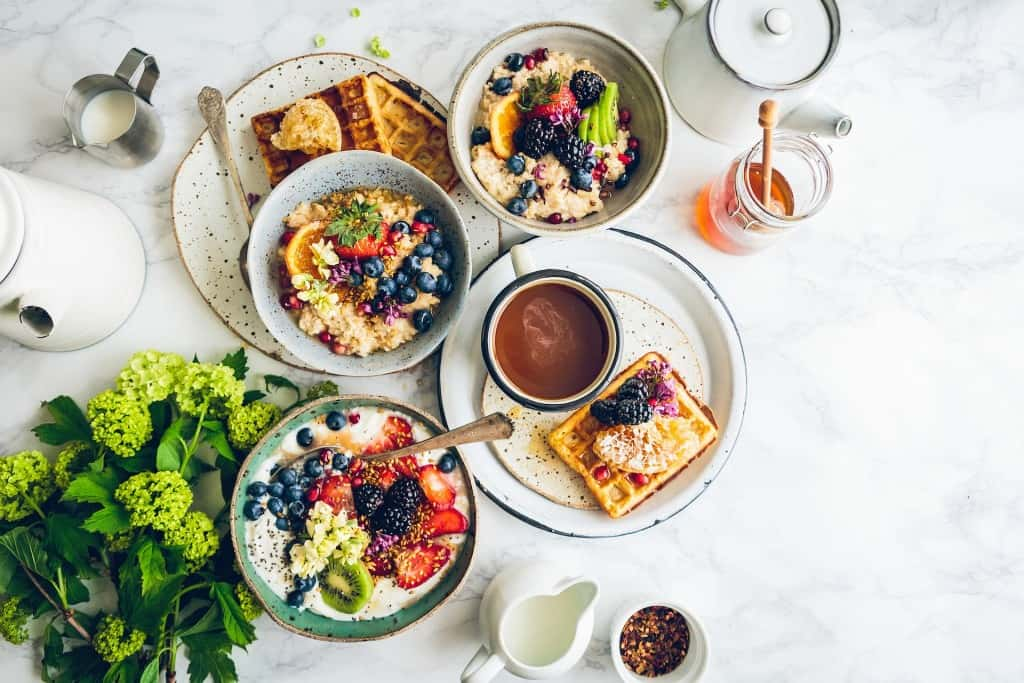 The Best Healthy Sugar Alternatives + Substitutes