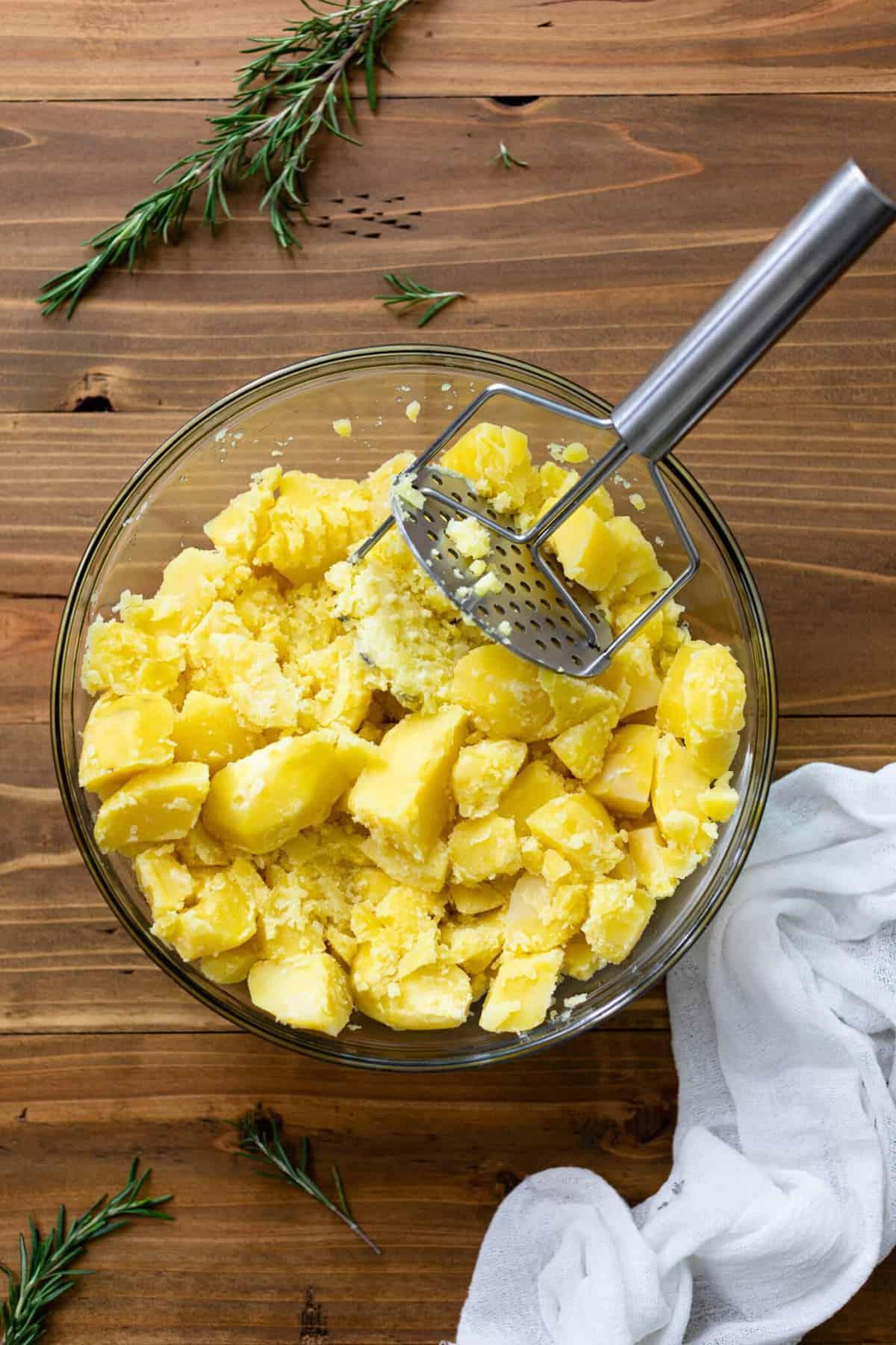 Vegan Chickpea + Broccoli Mashed Potato Bowl