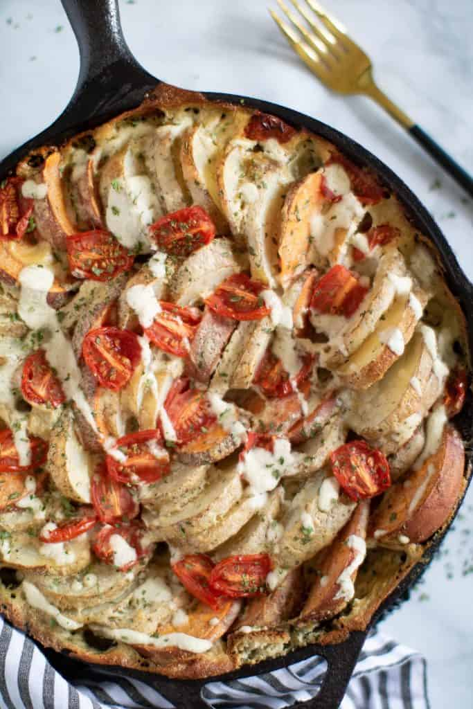 Cheesy Garlic Hasselback Potato Gratin