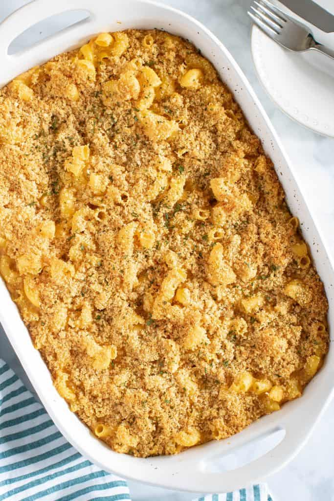 Baked Vegan Buffalo Mac + Cheese