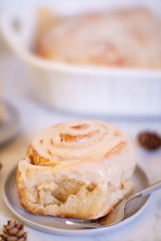 Vegan Chai Tea Latte Cinnamon Rolls