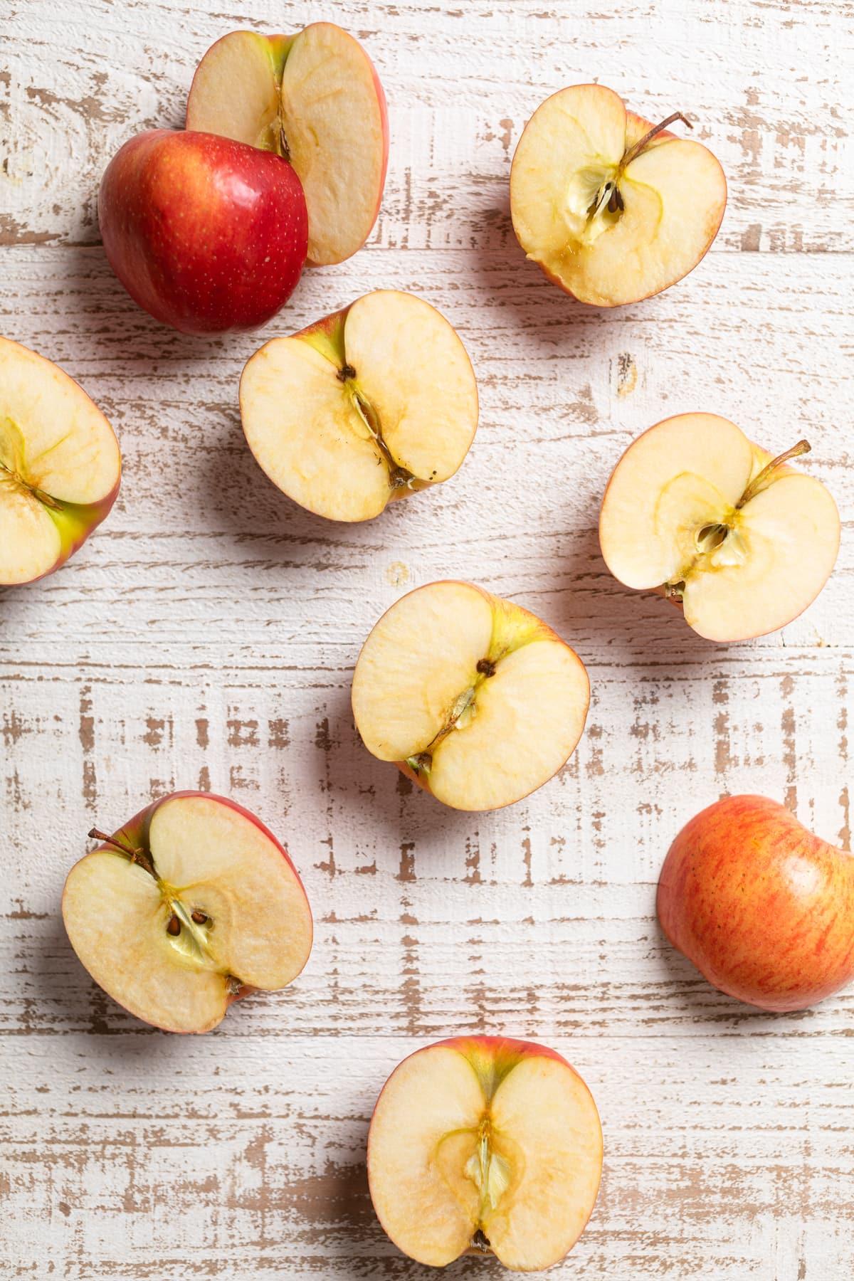 Vegan Baked Cinnamon Caramel Apples