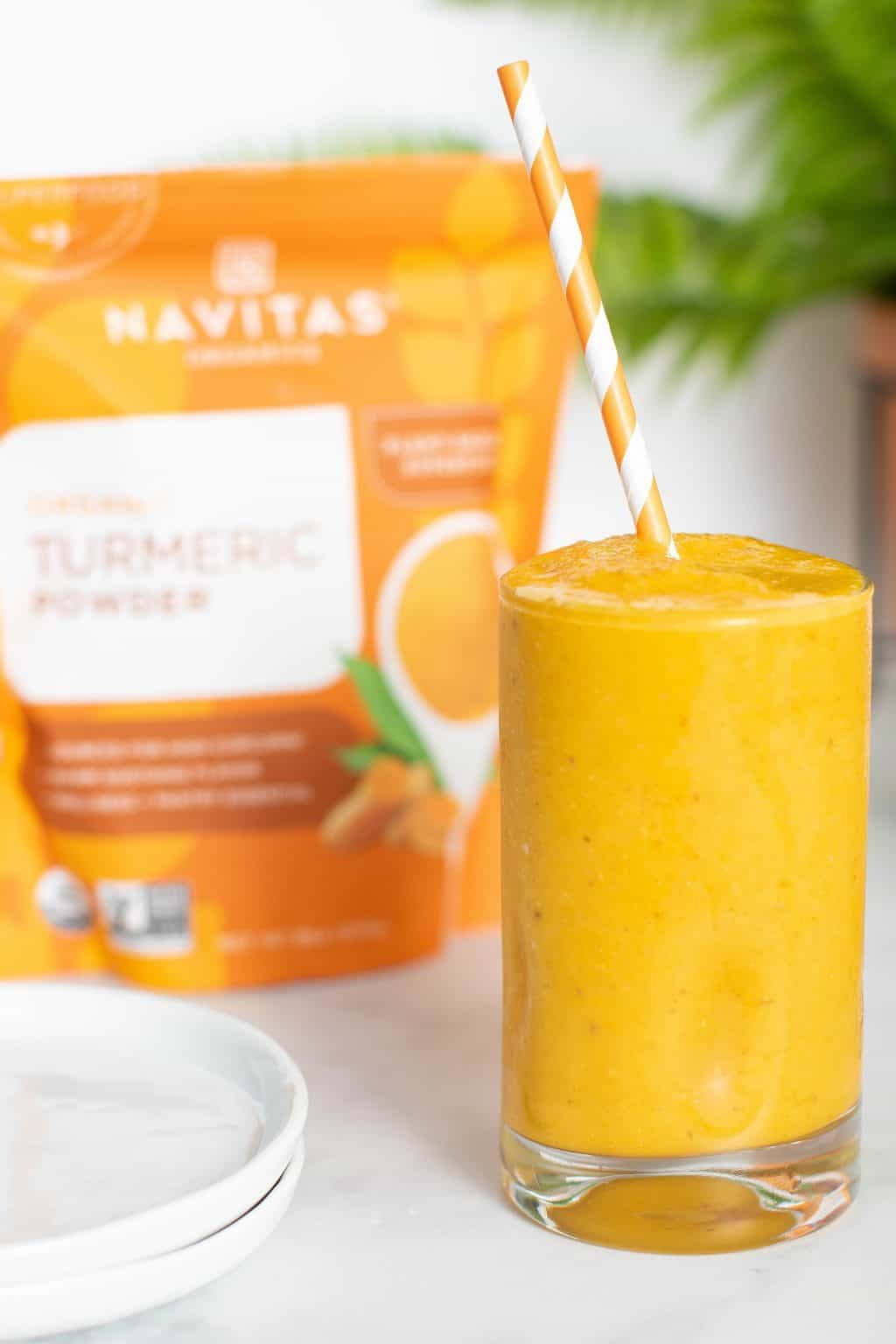 5-Ingredient Turmeric 'Wake Up' Smoothie