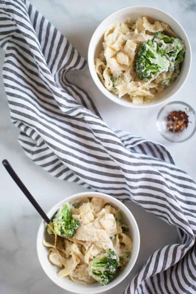 Easy Vegan Broccoli Alfredo Pasta