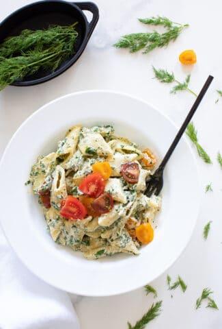 One Pot Creamy Vegan Tuscan Kale Pasta