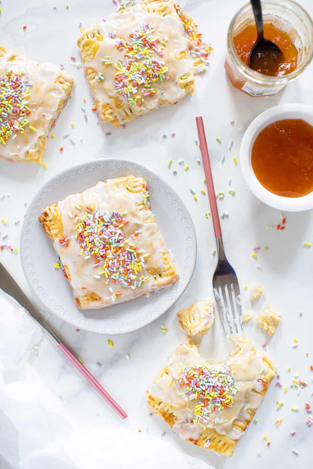 Easy Vegan Apricot Pop Tarts