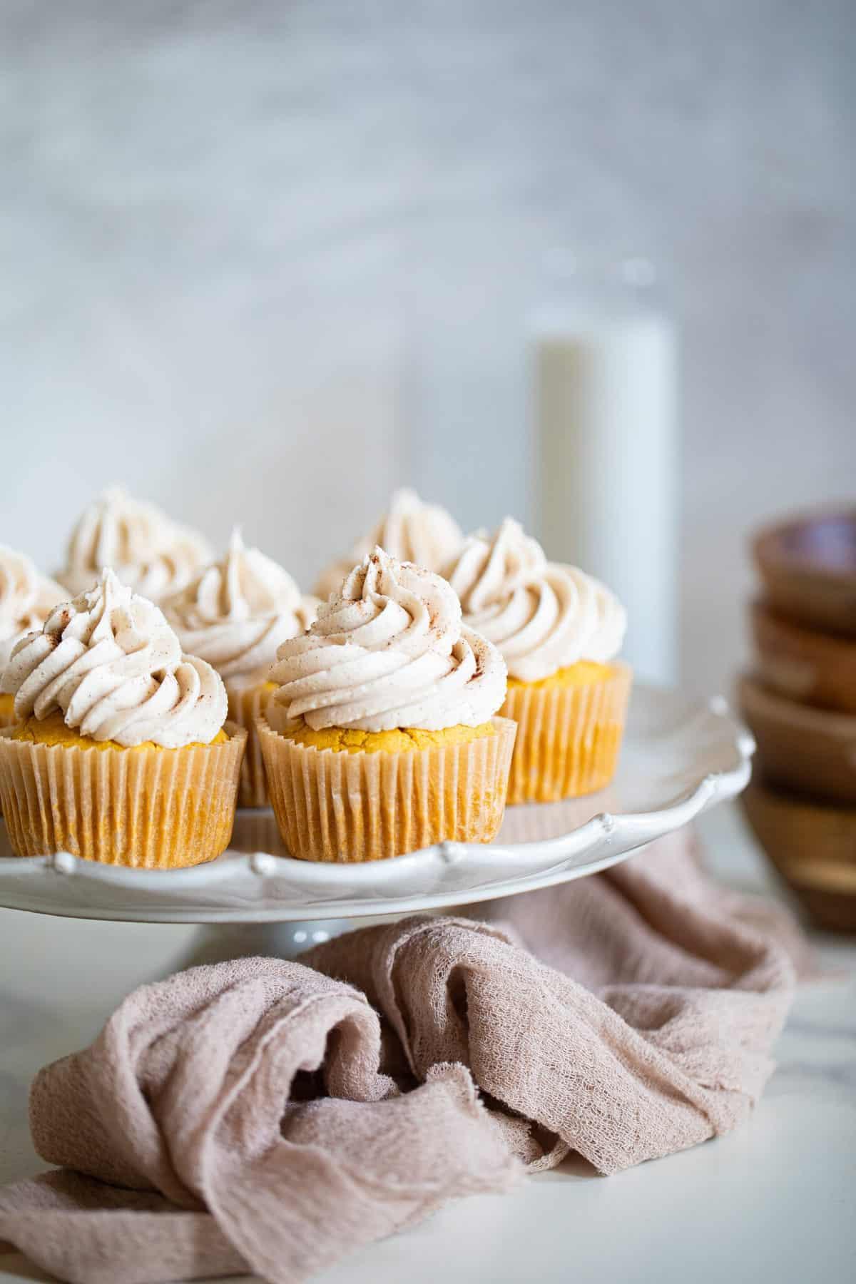 Easy Pumpkin Chai Cupcakes