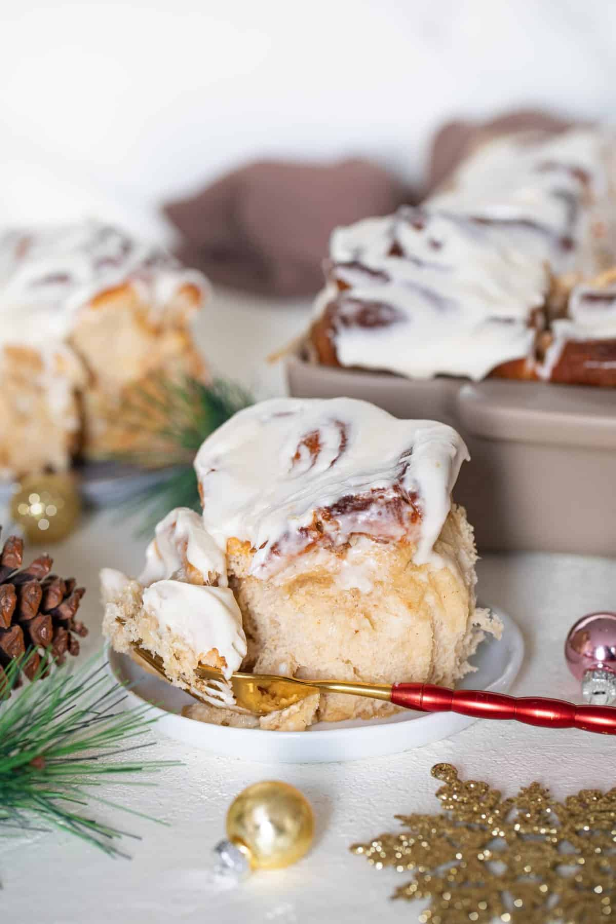 Fluffy Overnight Apple Butter Eggnog Cinnamon Rolls