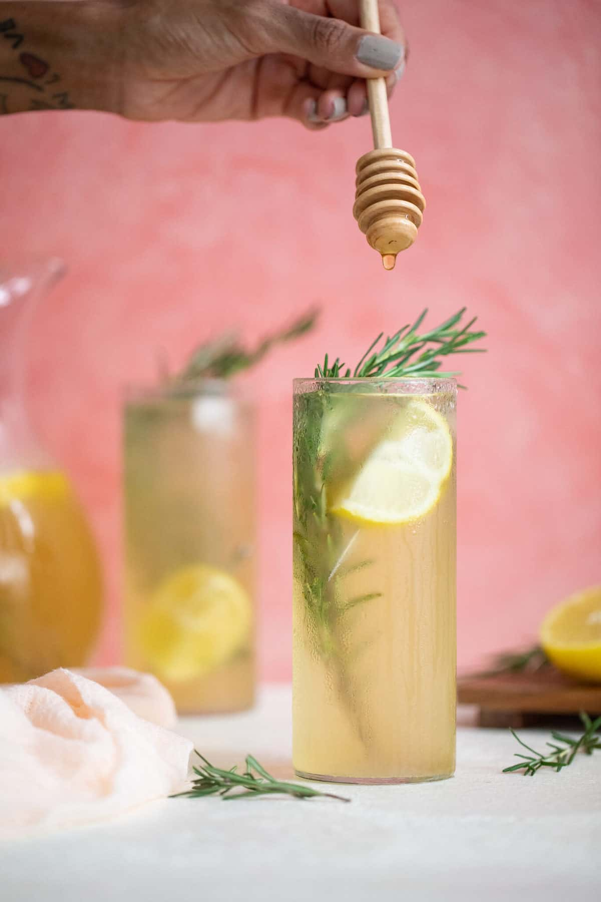 Apple Cider Vinegar Detox Lemonade