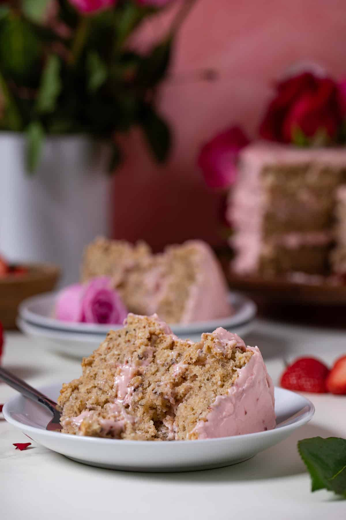 Vegan Strawberry Cake with Oatmeal